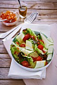 Courgette salad with tomatoes and peppers