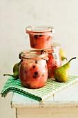 Pear chutney in jars