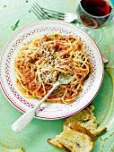 Spaghetti with a lentil sauce