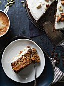 Carrot cake with lemon and nuts