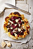 Quiche with radicchio and mozarella