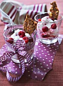Mascarpone cream with raspberries and nut brittle