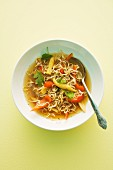 Noodle soup with peppers and baby corn cobs (Asia)