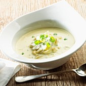 Cream of chicory soup