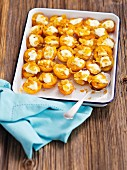 Baked apricots with mascarpone and honey