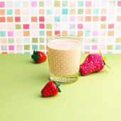 An oat and strawberry milkshake