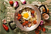 Uovo al tegamino (fried egg with vegetables, Italy)