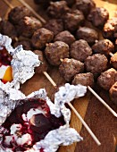 Venison skewers and beetroot and pumpkin parcels with cheese for an autumnal picnic