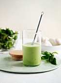Basil and garlic dressing
