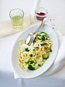 Tagliatelle with a cream cheese sauce and broccoli