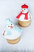 Peppermint snowman cupcakes
