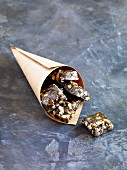 Honey and poppy seed caramels