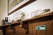 Old-fashioned decorations in the Hamburg pub Anno 1905