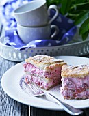 Rhubarb and cream slices