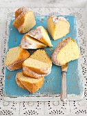 Slices of Bundt cake with icing sugar