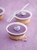 Violet cupcakes