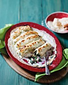 Cannelloni with spinach and feta cheese