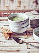 Pea and parsley soup with bread crisps