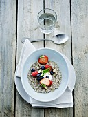 Buckwheat grits with fresh fruit
