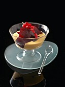 Vanilla pudding with redcurrant jelly