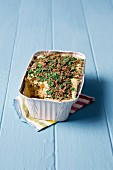 Fridge cake with peppermint and caramel