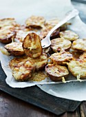 Oven-roasted potatoes with cheese