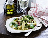 Rigatoni with asparagus, basil and bacon