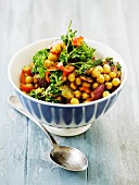 Chickpea salad with red onions and parsley