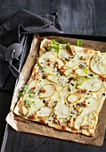 Tarte flambée with pears and blue cheese