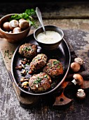 Beef meatballs with mushrooms and yarrow à la Hildegard von Bingen