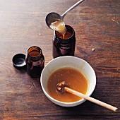 Homemade chestnut honey à la Hildegard von Bingen
