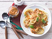Spaghetti with red pesto