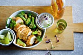 Oven-roasted Thai curry with chicken and broccoli