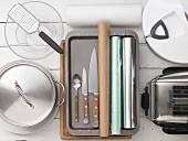 Kitchen utensils for making toast