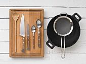 Kitchen utensils for preparing wok vegetables