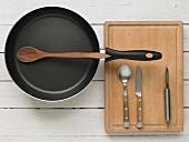 Kitchen utensils for preparing asparagus