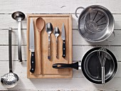 Kitchen utensils for preparing eggs