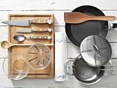 Kitchen utensils for preparing porridge