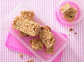 Pineapple and amaranth bars with porridge oats and almonds