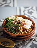 Biscay-style hake with chickpeas and green beans