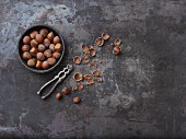 Whole hazelnuts, nut shells and hazelnut seeds
