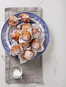 'Ollebollen', Dutch New Year doughnuts
