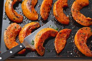 Oven-roasted pumpkin slices