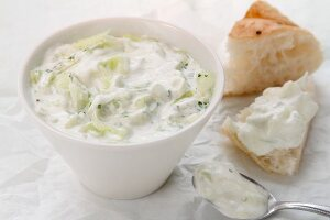 Tsatziki (cucumber yogurt, Greece)