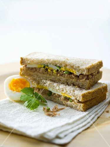 Tuna and egg sandwiches