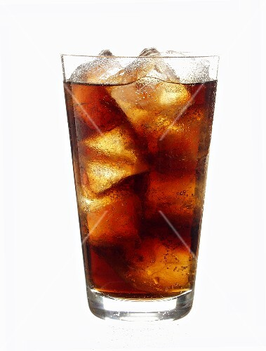 Cola with ice cubes (2)