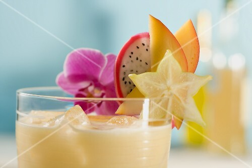 Mango lassi with fresh fruit (detail)