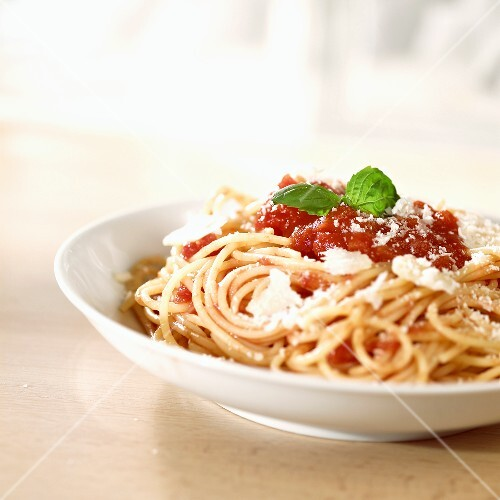 Spaghetti with tomato sauce and Parmigiano