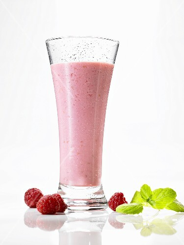 Honey and raspberry shake