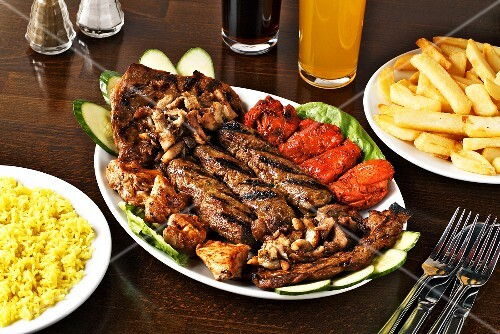 Mixed grill with chips